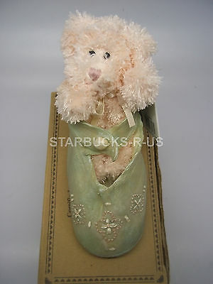 Boyds 2002 New Bear-Foot Pinkie Tippy Toes Green Resin Shoe With Baby Bear Gift