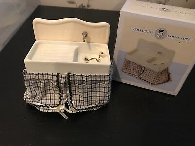 Dolls House Ceramic Scullery Kitchen Sink New In Box