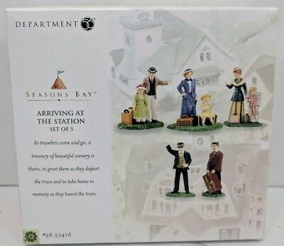 New Department 56 Seasons Bay Arriving at The Station Set of 5 Village Figurines