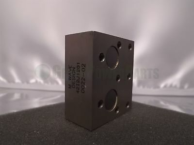M WAVE DESIGN WR42 42I2J1201 K-Band 18-26.5GHz Waveguide Adapter Block