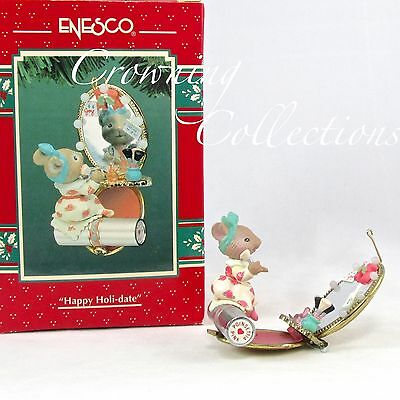 Enesco Happy Holi-Date Miss Merry Mouse Treasury of Christmas Ornament #6 Series