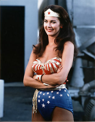 Lynda Carter With Arms Crossed 8x10 Quality Photo Print