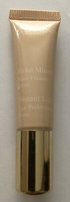 Clarins Instant Light Eye Perfecting Base 00 10ml without box.
