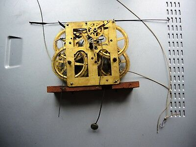 ANTIQUE AMERICAN KITCHEN wall CLOCK NEW HAVEN 30hrs BRASS MOVEMENT PARTS REPAIR
