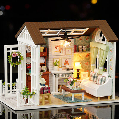 DIY Loft Dollhouse Kit 3D Pink Wooden Room Toy with LED Lights Christmas P3J9