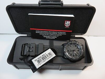Luminox 3051 BO Navy SEAL Men's Black Out Watch New With Tags