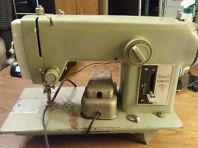 Vintage Sears Kenmore Sewing Machine Model 2142 With Carrying Case