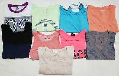 Girls Juniors Shirts size small/medium/large lot of 9, mixed items