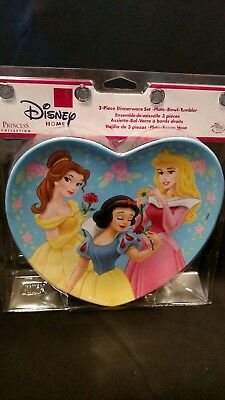 Disney Princess 3 piece dish set.featuring Sno White, Cinderella,