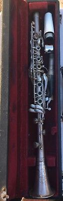 Vintage Collegiate Made by Holton Elkhorn WIS Clarinet In Hard Case