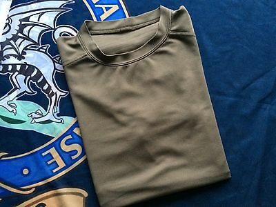 British Army Self Wicking T shirt Coolmax Size 180/100 Large Grade 1 Cadets