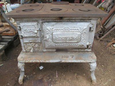 No-5-CAST  IRON  METERS STOVE  DOVER  No-7  ---OLD  VINTAGE  --COMPLETE