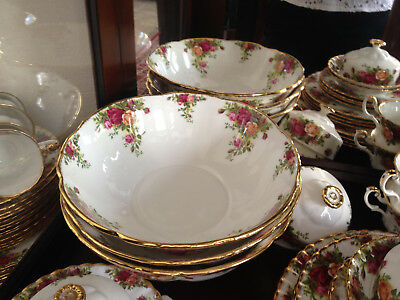 Royal Albert Old Country Roses Large Round  Serving Bowl