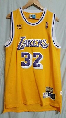 MAGIC JOHNSON  32 Los Angeles Lakers Hardwood Classics Throwback ... a635f29e8
