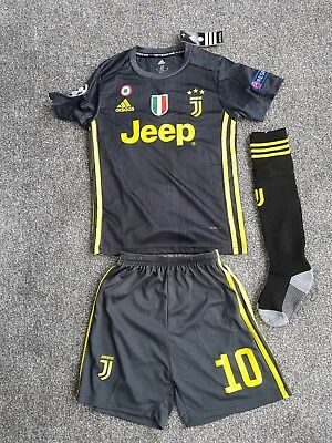 4e3169c54af 18 19 JUVENTUS KIDS FOOTBALL KIT - DYBALA - BNWT - FIT APPROX 9 to ...