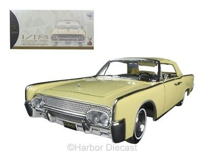 Diecast Collectible 1961 Lincoln Continental Yellow 1/18 Model Car