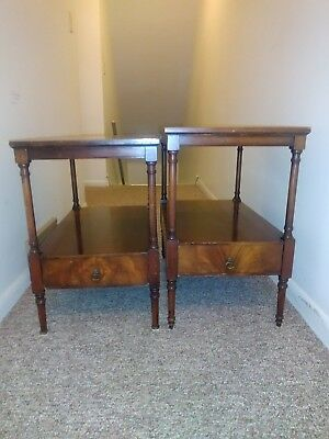 Pair of Vintage Weiman tables Mahogany with leather top$100.00 OBO