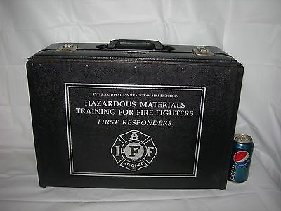 vintage Fireman LOCKING HARD SHELL CASE w/KEYS~IAFF FIREFIGHTERS collectibles