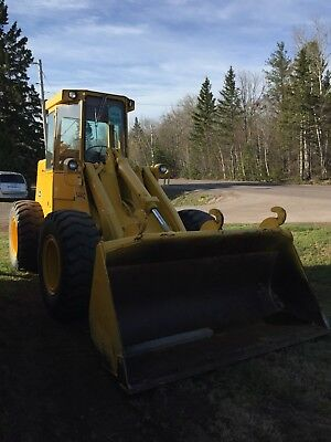1983 JOHN DEERE 544C Wheel Loader Enclosed Cab w/ cab heat