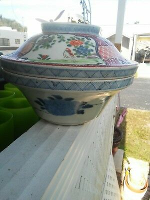 Ming Chinese Blue White Serving Bowl Famille Rose Lid