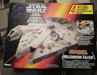 Millennium Falcon Kenner Power Of The Force.