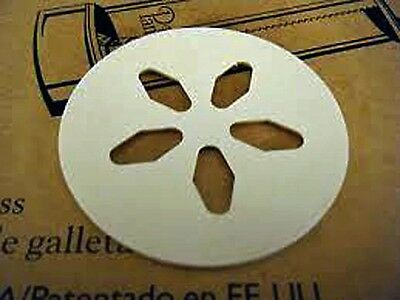 The Pampered Chef Replacement Part #1525 Cookie Press Disk #5 Sand Dollar
