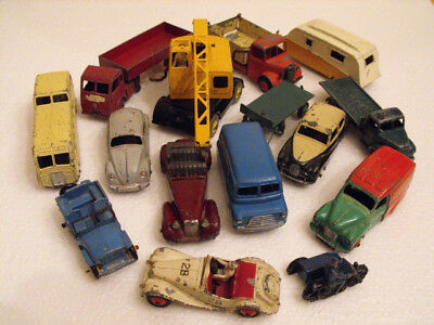 Vintage 1950's Dinky Toys automobile collection 15 pieces