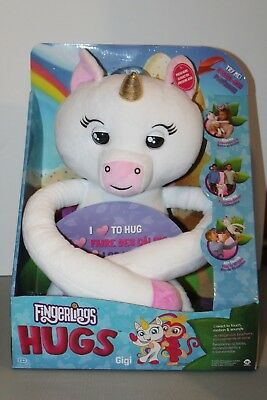 WowWee Fingerlings HUGS Gigi Plush Hugging Unicorn Hot Toy 2018 NEW
