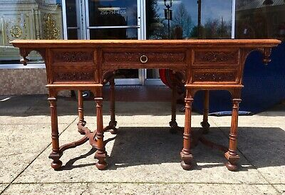 RENAISSANCE REVIVAL OAK PARTNERS DESK early 20th Century