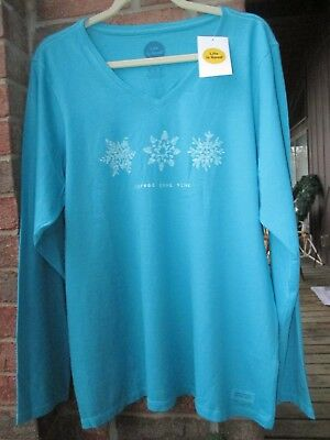 nwt life is good women's t shirt xl vee- neck crusher tee Snowflakes Vivid Blue