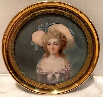 Beautiful young lady,19th century Portrait miniature, continental