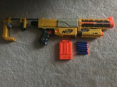 Nerf N-Strike Recon cs-6 foam dart blaster with magazine and darts