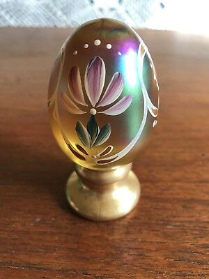 Fenton Limited Edition Hand Painted Art Glass Egg Signed J K Spindler #331/2500