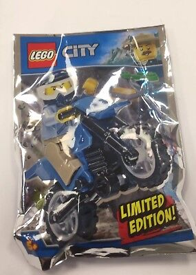 Lego City Minifigure And Dirt Bike Limited Edition Item No 951808