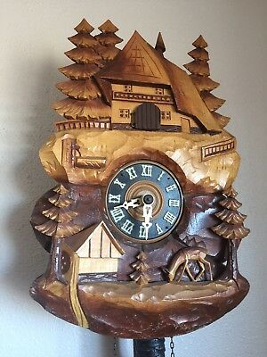 Antique German Black Forest Hand Carved Cuckoo Clock In Running Condition
