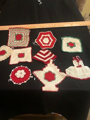 vintage Christmas crocheted pot holders - Lot Of 9