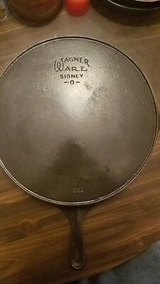# 12 Wagner Ware Sidney -O- 1062 Cast Iron Skillet With Heat Ring