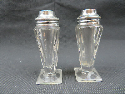 """Vintage Clear Glass Salt & Pepper Shakers 4"""" tall"""