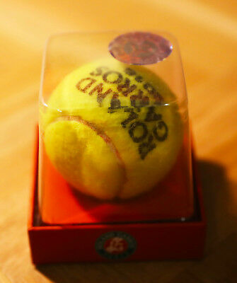 Roland Garros tennis ball - genuine boxed ball used during the competition