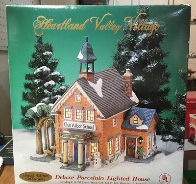 Heartland Valley Village - Glen Arbor School - Porcelain LIghted Building