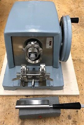 EUC American Optical AO A O Spencer Microtome Model 820, Knife But No Bade