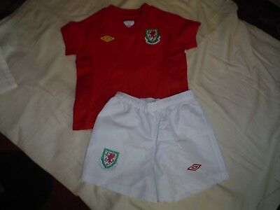 Umbro Wales Football Club Aged 12-18 Months Kit Shirt And Shorts