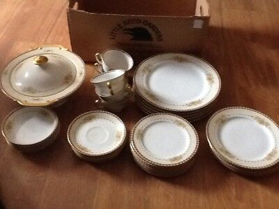 36 piece set hand painted Dover Japanese  meito China made in Japan Floral Set