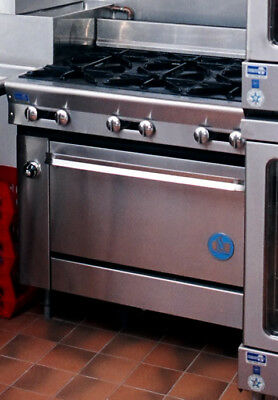 US RANGE CO Commercial Six Burner Range with Standard Oven Model PF-6-28 NSF