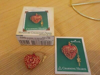 HALLMARK KEEPSAKE ORNAMENT 2004, Charming Hearts, 2nd in series, miniature