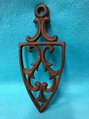 Original ANTIQUE CAST IRON TRIVET Late 1800s/Early 1900s IRON REST, hanging loop
