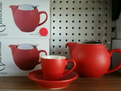 Bulk Lot Of Assorted Bevande Teapots , Cups, Saucers And Trays