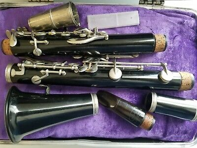 Vintage Bundy Case With A Made In France Melodia Clarinet