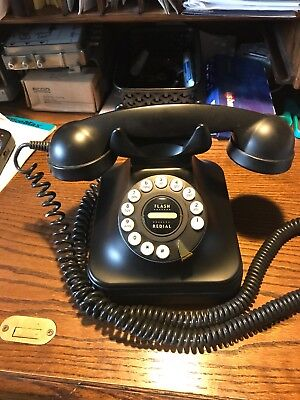 Pottery Barn Retro Grand Phone Telephone Vintage Classic Rotary Old Style