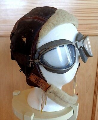 Vintage 1942 WW2 Leather Fight Helmet & USAC Goggles - fleece, star, original